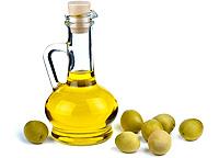 Оливковое масло содержит витамин Е для укрепления ногтей (фото)